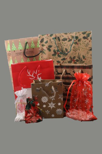 Christmas gift bags wholesale uk