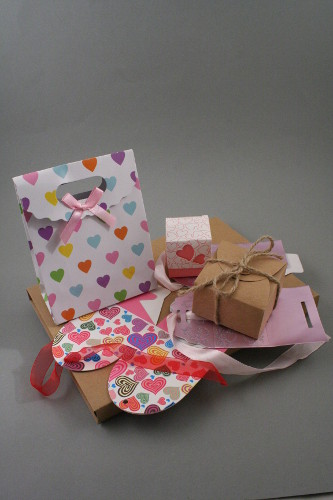 Flat Packed Gift Boxes
